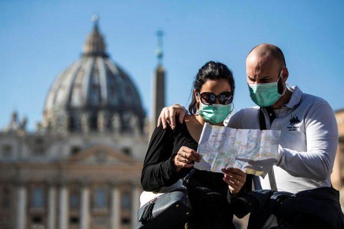 Коронавірус не вщухає: в Італії виявили новий штам, який не піддається вакцині