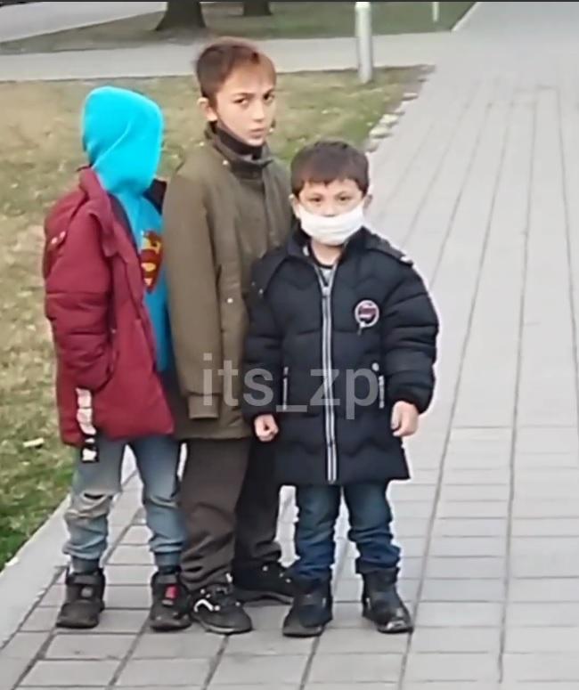 У Запоріжжі дітлахи 5-8 років винесли касу магазину: були в медичних масках