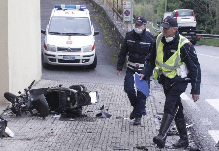 Мотоцикл розтрощено вщент. Українка госпіталізована у важкому стані після ДТП в Італії