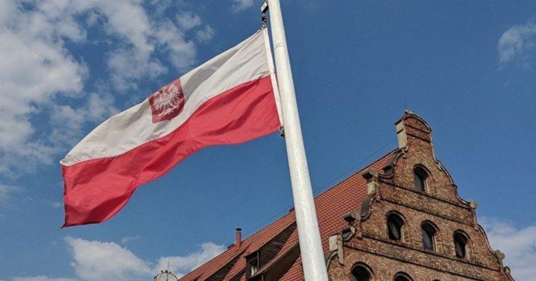 Польща обіцяє надати Україні понад мільйон доз вакцини AstraZeneca