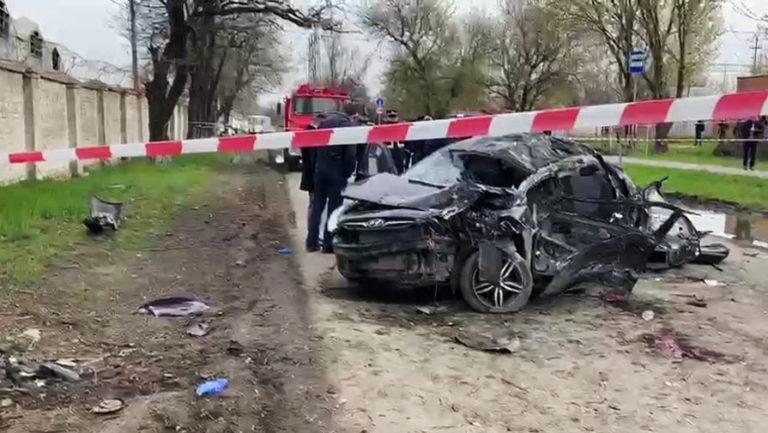 Шестеро підлітків загинули у моторошній ДТП: один з них встиг записати відео