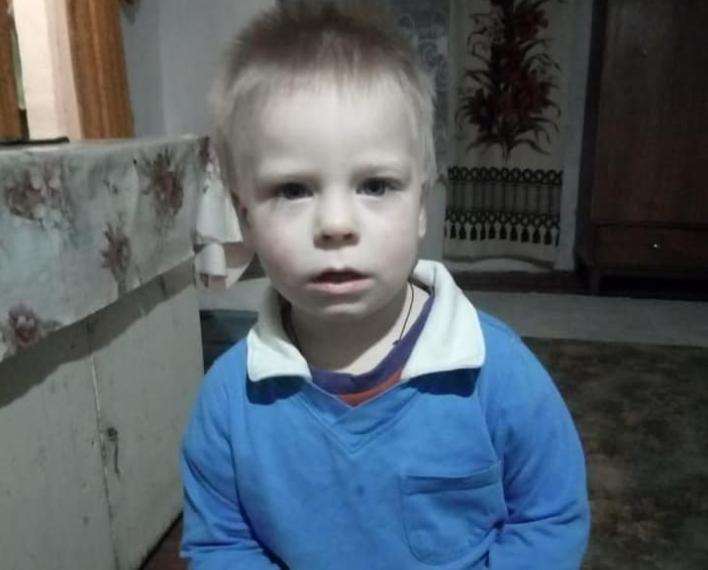 Шукали всю ніч: на Київщині зник 2-річний хлопчик, прохання до всіх небайдужих допомогти у розшуку (фото, відео) (ОНОВЛЕНО)