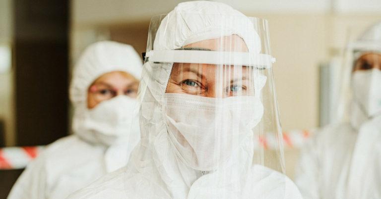 """Лікар попередив про небезпеку """"індійського"""" штаму коронавірусу"""
