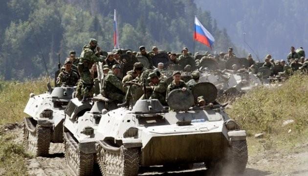 Росія розгорнула 100-тисячну армію навколо України на 5 напрямках (карта)