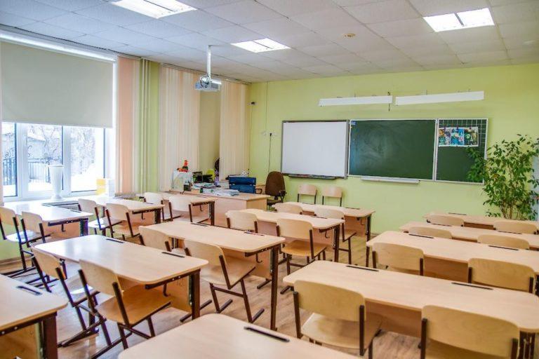 Які документи потрібні для вступу дитини у перший клас