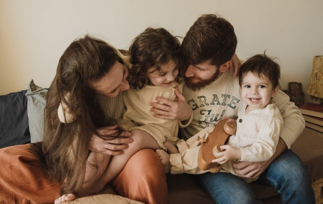 Українцям розповіли, яка сім'я вважається багатодітною і назвали розмір допомоги