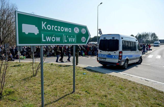 На кордоні з Польщею почали вакцинувати українських трудових мігрантів і студентів