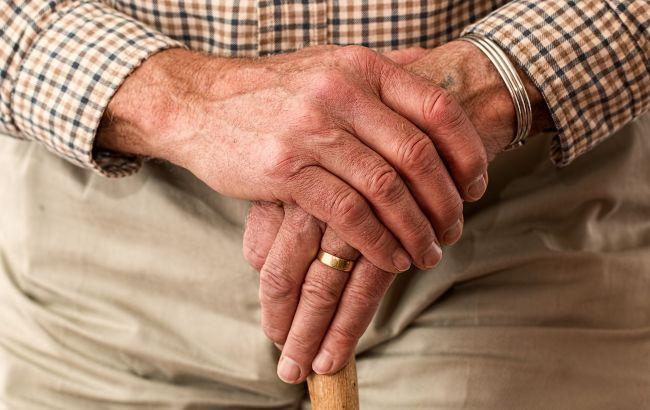Українцям хочуть ще більше підвищити пенсійний вік: що відомо