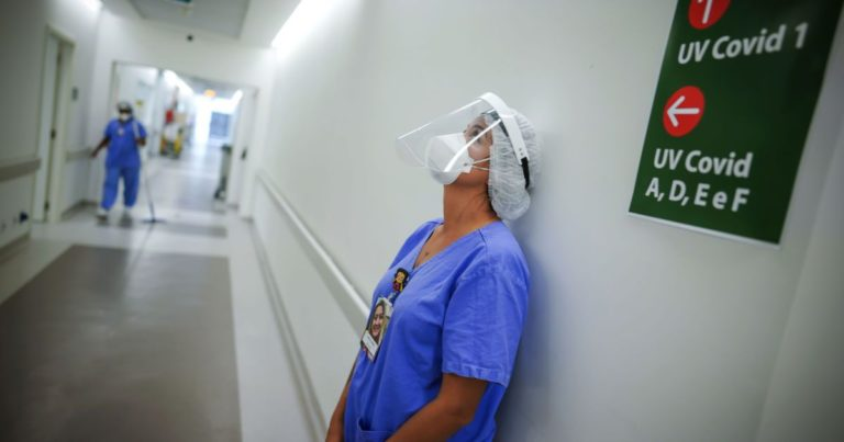 Ускладнення виникають у кожного другого: вчені розповіли, як коронавірус знищує здоров'я