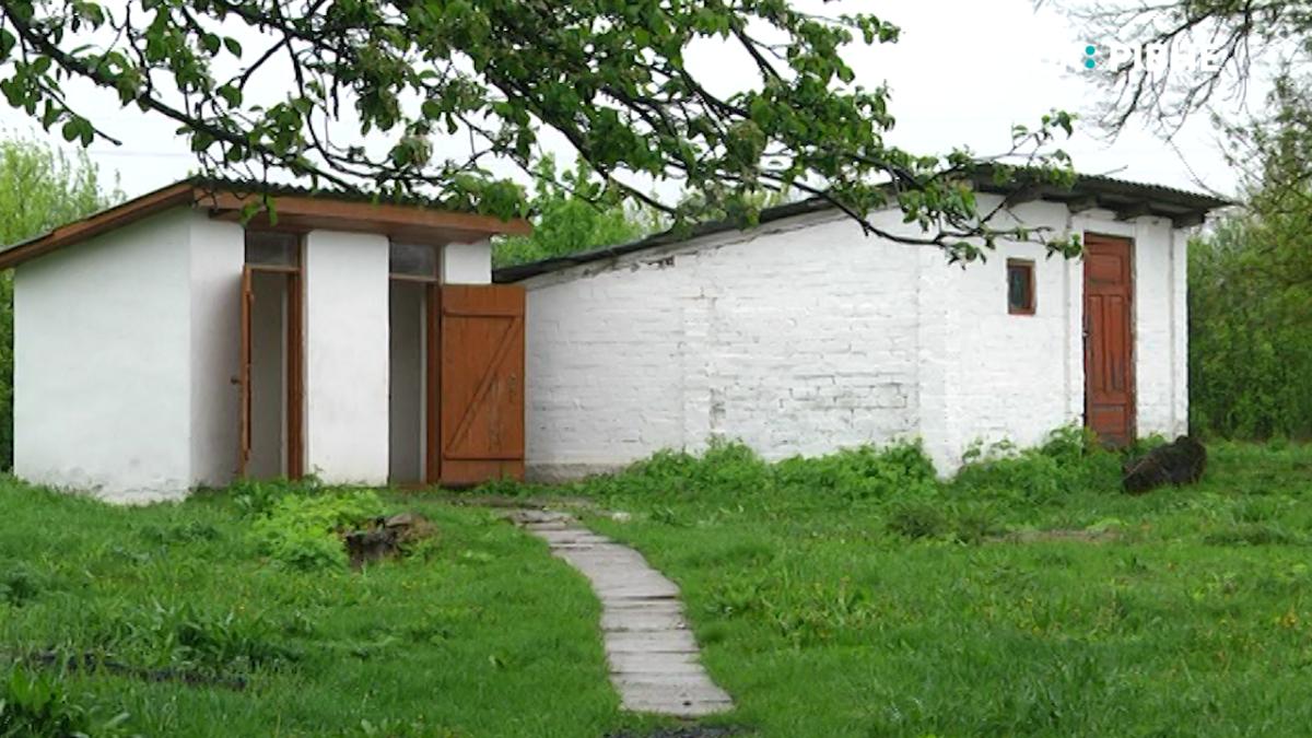 Туалети на вулицях мають зникнути повністю: що чекає рівненські школи (ВІДЕО) - UA: РІВНЕ