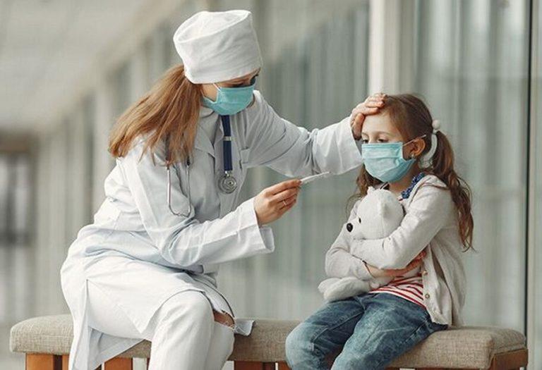 """Чим небезпечний штам """"Дельта"""" для дітей: медики США дали відповідь"""