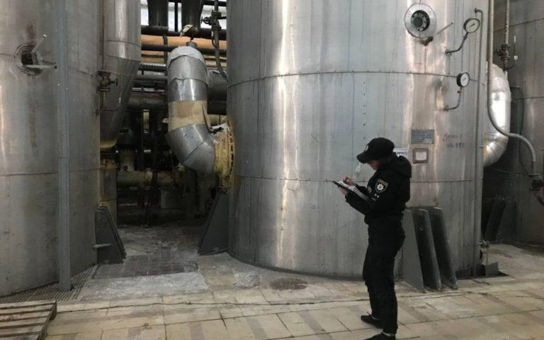 Окріп лився на голову і пік ноги, доки вони рятувалися: що стало причиною аварії на цукровому заводі на Київщині