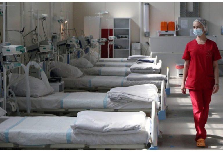 Пацієнти лежать у коридорах: у Львові критична ситуація з коронавірусом