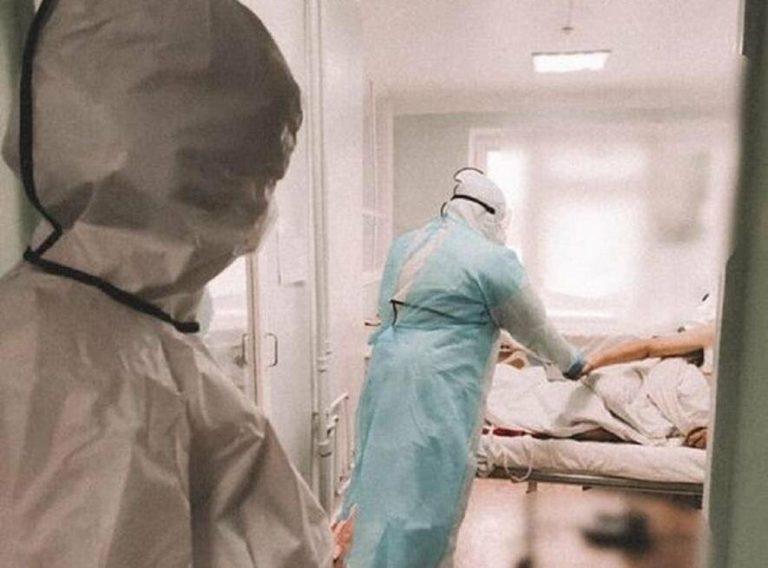 """Штам """"Дельта"""" почав маскуватися під легкі хвороби: назвали новий важливий симптом"""
