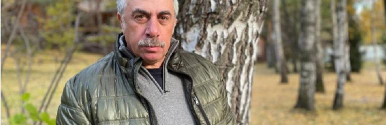 """""""Скажіть людям правду і покажіть морги"""": Комаровський емоційно звернувся до ЗМІ (ВІДЕО)"""